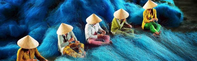 cropped-01_can_guess_what_vietnamese_workers_doing_photo.jpg